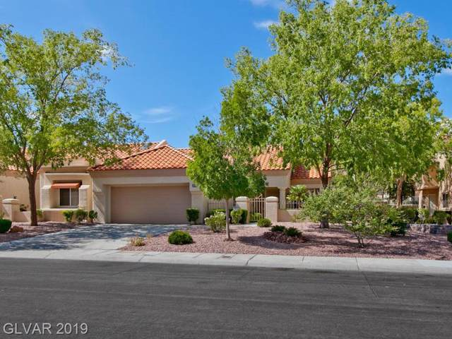 2453 Desert Butte, Las Vegas, NV 89134 (MLS #2133862) :: Capstone Real Estate Network