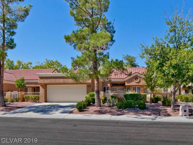 2445 Desert Butte, Las Vegas, NV 89134 (MLS #2135647) :: Signature Real Estate Group