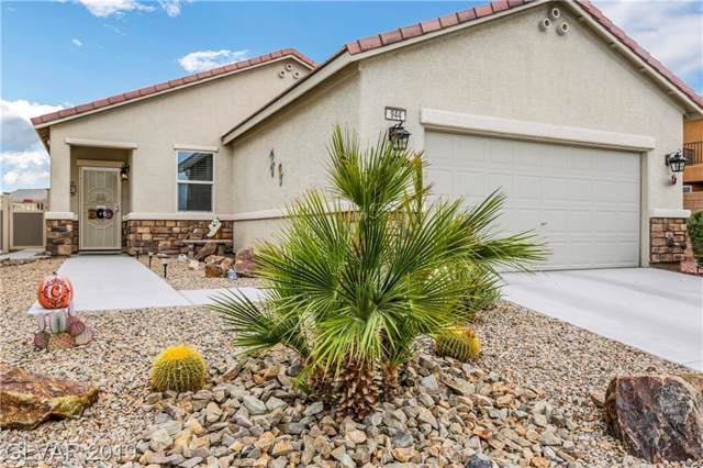 944 Crescent Falls, Henderson, NV 89011 (MLS #2144920) :: Hebert Group | Realty One Group