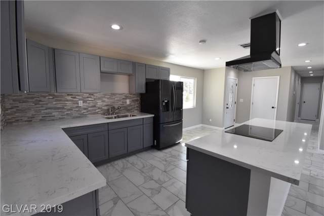 809 Center, Henderson, NV 89015 (MLS #2145448) :: The Perna Group