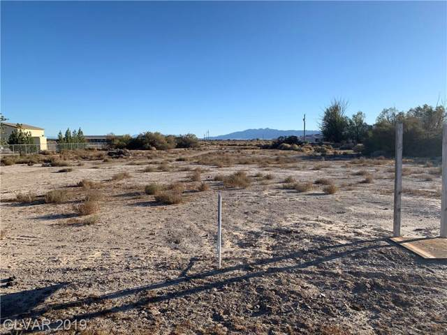 851 W Timothy, Pahrump, NV 89060 (MLS #2145551) :: The Lindstrom Group