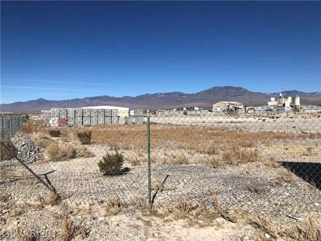2030 E Basin, Pahrump, NV 89060 (MLS #2146900) :: Jeffrey Sabel
