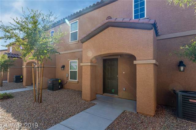 4582 Pencester, Las Vegas, NV 89115 (MLS #2148104) :: The Snyder Group at Keller Williams Marketplace One