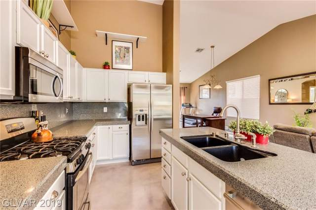 264 Whitewater Village, Henderson, NV 89012 (MLS #2154584) :: Signature Real Estate Group