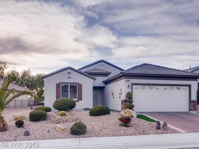 2485 Luminous Stars, Henderson, NV 89044 (MLS #2155426) :: Signature Real Estate Group