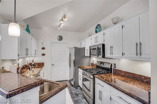 8555 W Russell #2044, Las Vegas, NV 89113 (MLS #2167197) :: Signature Real Estate Group
