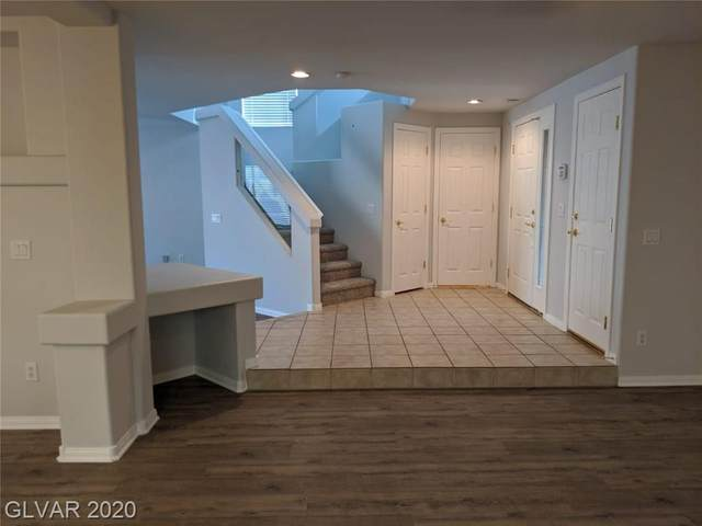 10880 Carberry Hill, Las Vegas, NV 89141 (MLS #2171725) :: The Lindstrom Group
