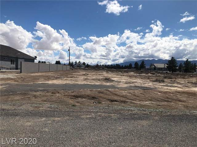 321 E Blackhorn Street, Pahrump, NV 89048 (MLS #2181001) :: The Lindstrom Group