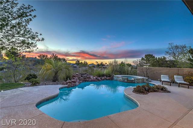 11 Plum Hollow Drive, Henderson, NV 89052 (MLS #2185198) :: Helen Riley Group | Simply Vegas