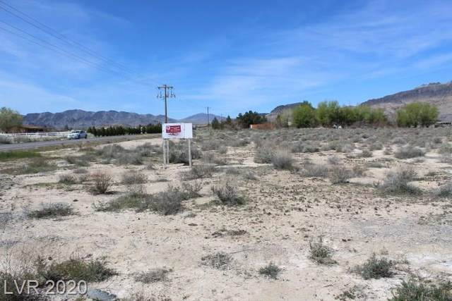 2020 W Palm Drive, Pahrump, NV 89060 (MLS #2187613) :: Jeffrey Sabel