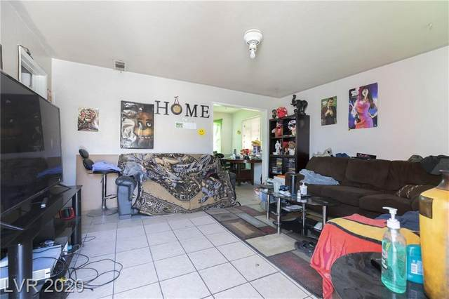 2112 Statz, North Las Vegas, NV 89030 (MLS #2192809) :: The Shear Team