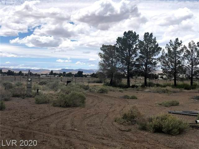 1980 W Vondell, Pahrump, NV 89048 (MLS #2197161) :: The Mark Wiley Group | Keller Williams Realty SW
