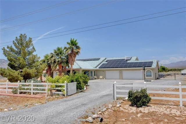 300 Harris Farm Road, Pahrump, NV 89060 (MLS #2204083) :: The Shear Team