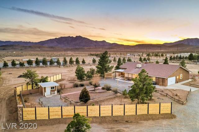 5101 W Maple, Pahrump, NV 89048 (MLS #2208723) :: The Lindstrom Group