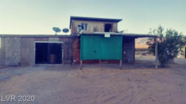 430 Nopah Vista Avenue, Pahrump, NV 89060 (MLS #2216161) :: The Shear Team