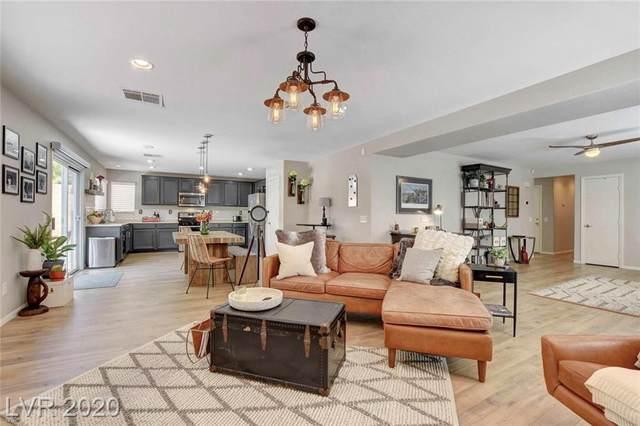 11555 Aruba Beach Avenue, Las Vegas, NV 89138 (MLS #2216443) :: Billy OKeefe | Berkshire Hathaway HomeServices