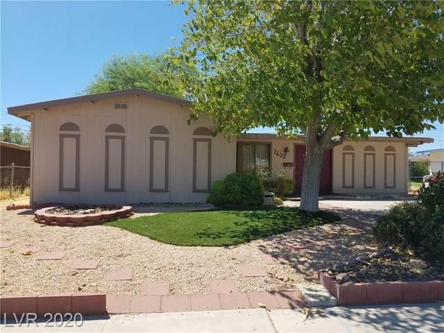 1633 James Street, North Las Vegas, NV 89030 (MLS #2217365) :: Hebert Group | Realty One Group