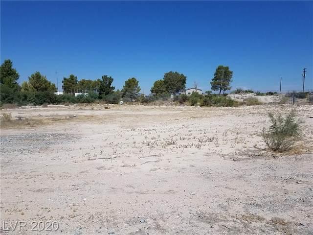 2970 Desert Hills Circle, Pahrump, NV 89048 (MLS #2221901) :: The Perna Group