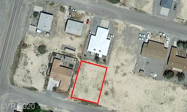 1931 S Highland Avenue, Pahrump, NV 89048 (MLS #2232324) :: The Mark Wiley Group | Keller Williams Realty SW