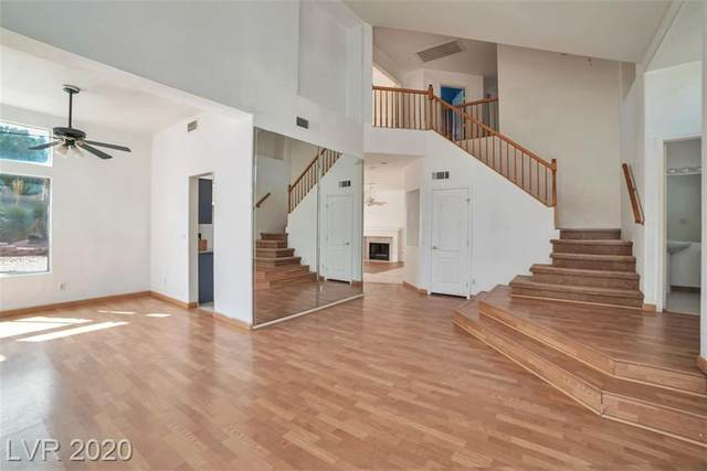 56 Moonrise Way, Henderson, NV 89074 (MLS #2232403) :: Signature Real Estate Group