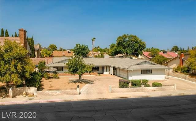 880 Fairway Drive, Boulder City, NV 89005 (MLS #2232502) :: Signature Real Estate Group