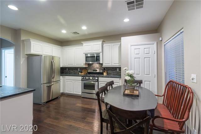 271 Echo Dell Court, Henderson, NV 89052 (MLS #2232654) :: The Lindstrom Group