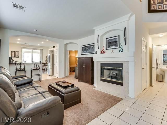 8032 Palace Estate Avenue, Las Vegas, NV 89117 (MLS #2232809) :: The Shear Team
