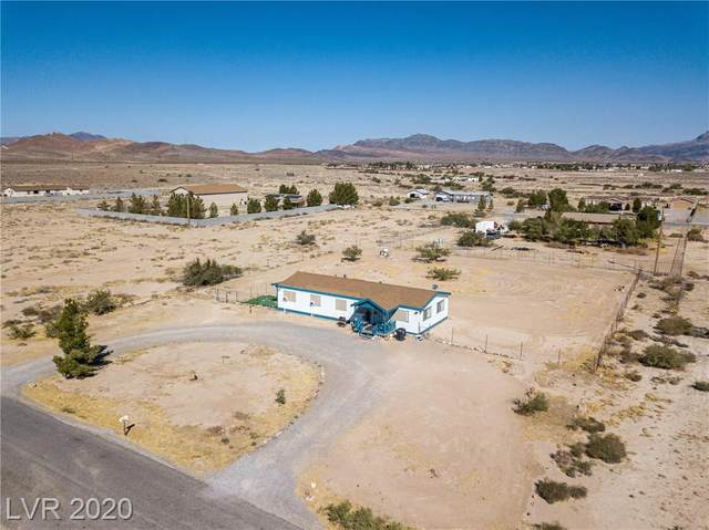 4350 Venza Street, Pahrump, NV 89048 (MLS #2235431) :: The Perna Group