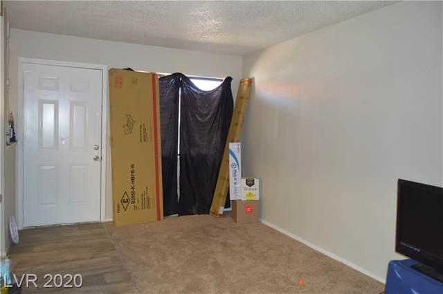 4300 Lamont Street #207, Las Vegas, NV 89115 (MLS #2236191) :: The Lindstrom Group