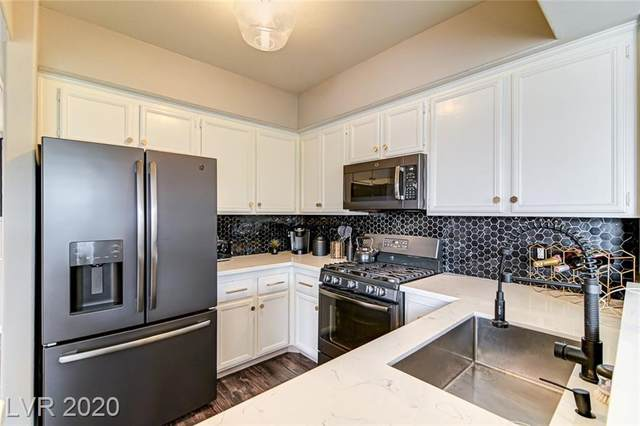 9901 Trailwood Drive #2034, Las Vegas, NV 89134 (MLS #2241801) :: The Lindstrom Group