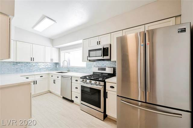 2200 17th Street, Las Vegas, NV 89104 (MLS #2242418) :: Vestuto Realty Group