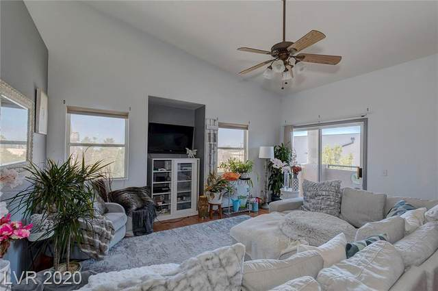 2153 Quartz Cliff Street #207, Las Vegas, NV 89117 (MLS #2246330) :: The Lindstrom Group