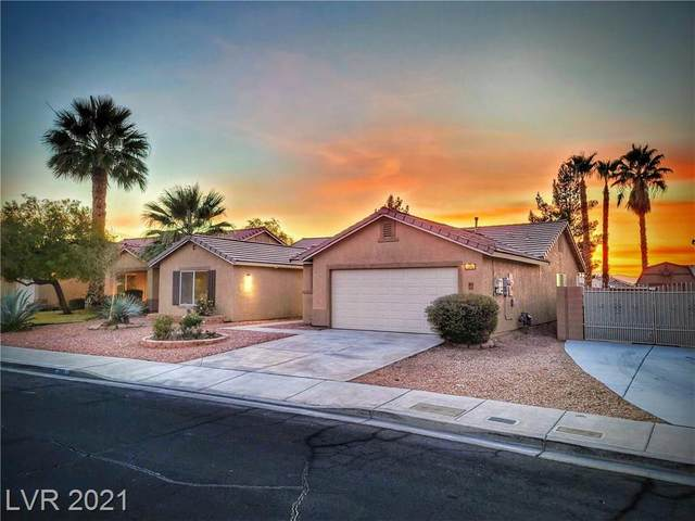 1045 Pincay Drive, Henderson, NV 89015 (MLS #2258533) :: Billy OKeefe | Berkshire Hathaway HomeServices