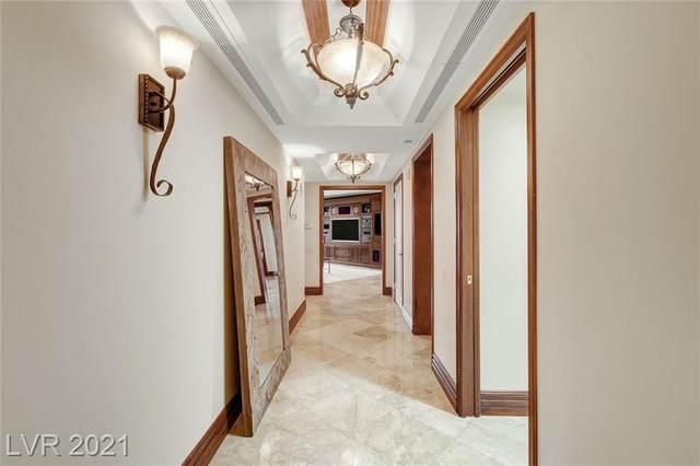 2857 Paradise Road #704, Las Vegas, NV 89109 (MLS #2261109) :: Billy OKeefe | Berkshire Hathaway HomeServices