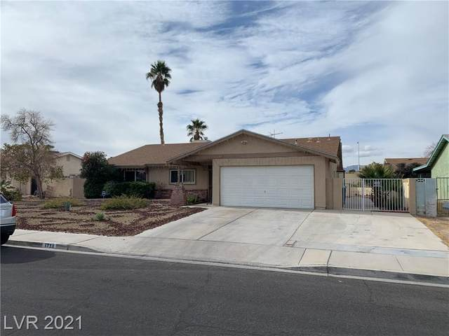 1724 Gatewood Drive, Las Vegas, NV 89108 (MLS #2263842) :: Signature Real Estate Group