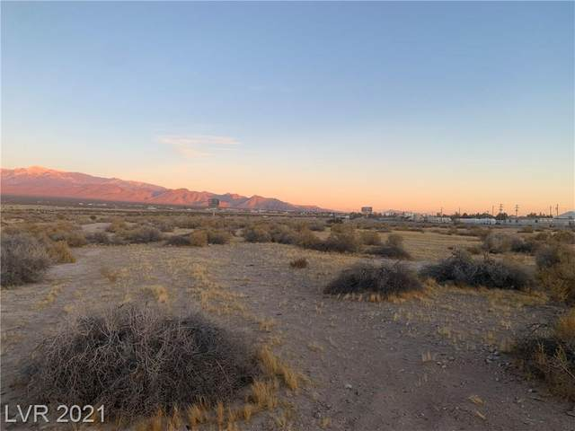 401 Marfil Avenue, Pahrump, NV 89048 (MLS #2264217) :: Kypreos Team