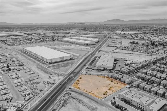 3899 N Las Vegas Boulevard, Las Vegas, NV 89115 (MLS #2269496) :: Lindstrom Radcliffe Group