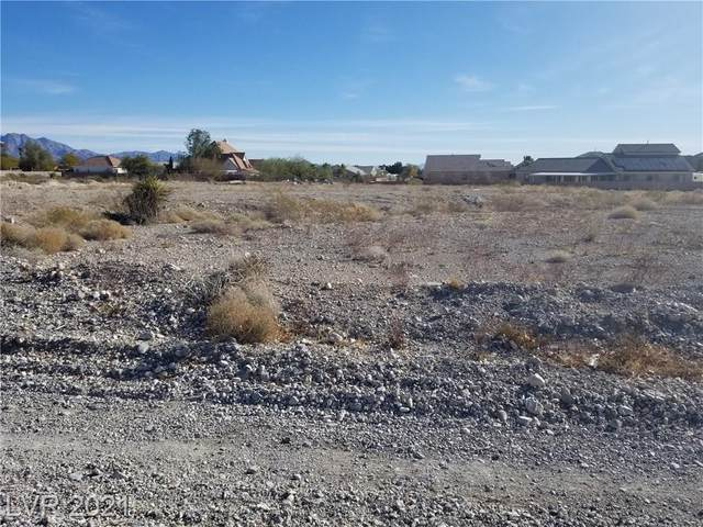 Cheiftain & Azure, Las Vegas, NV 89149 (MLS #2270509) :: Lindstrom Radcliffe Group