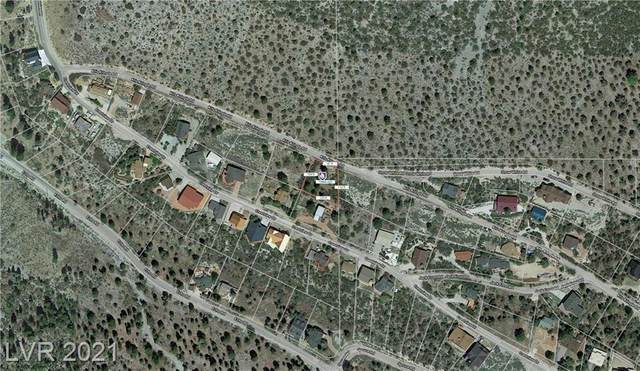 369 Kris Kringle Road, Las Vegas, NV 89124 (MLS #2277828) :: Team Michele Dugan