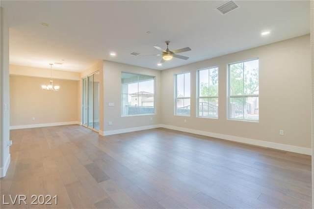 2555 Hampton Road #3108, Henderson, NV 89052 (MLS #2279824) :: Signature Real Estate Group