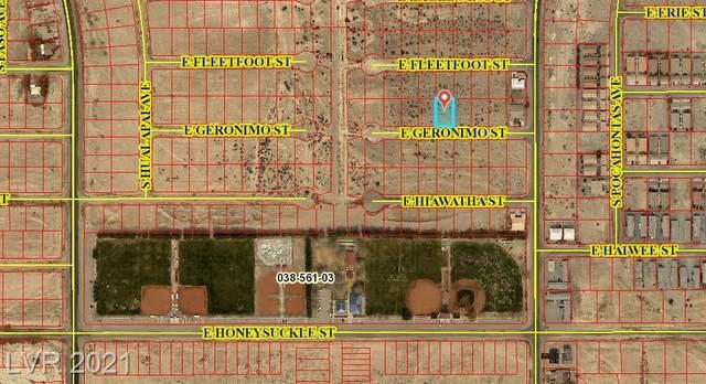 1720 Geronimo Street, Pahrump, NV 89048 (MLS #2284037) :: Signature Real Estate Group