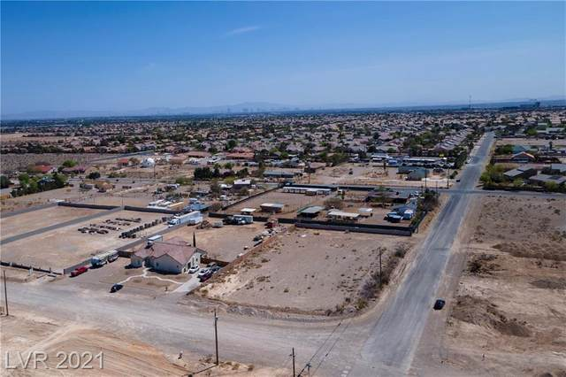 Iron Mountain Road, North Las Vegas, NV 89143 (MLS #2285031) :: Lindstrom Radcliffe Group