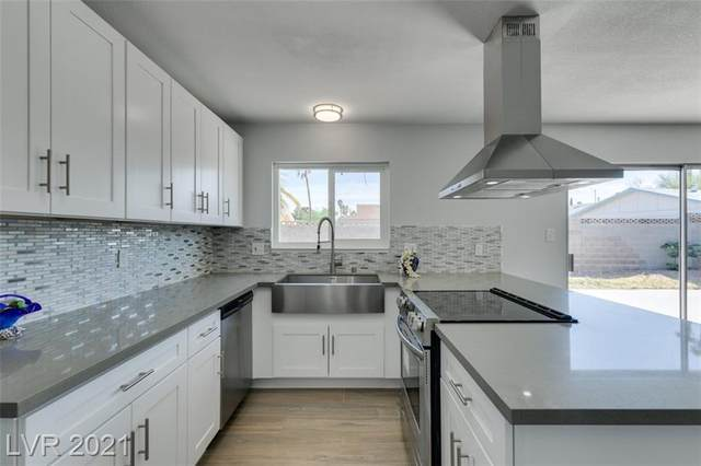 7201 Skytrail Avenue, Las Vegas, NV 89145 (MLS #2286791) :: Custom Fit Real Estate Group