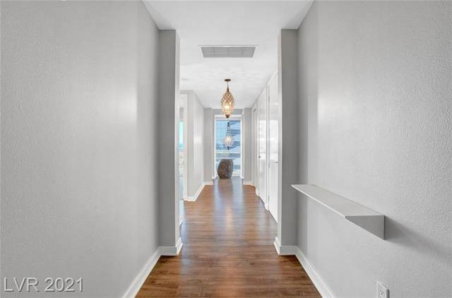 4525 Dean Martin Drive #900, Las Vegas, NV 89103 (MLS #2290664) :: DT Real Estate