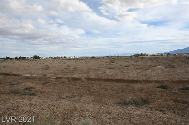 561 W Nevada State Hwy 372, Pahrump, NV 89048 (MLS #2291202) :: Signature Real Estate Group