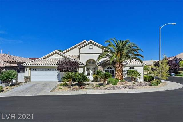 2423 Goldfire Circle, Henderson, NV 89052 (MLS #2292526) :: Team Michele Dugan