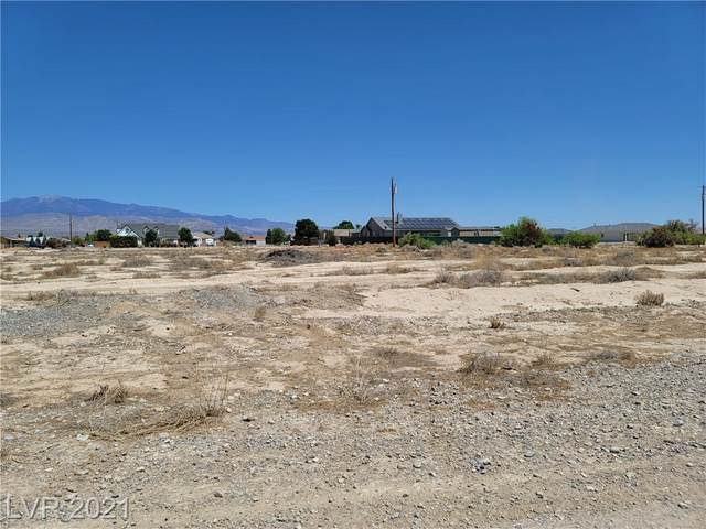 2001 S Old West Avenue, Pahrump, NV 89048 (MLS #2293239) :: Signature Real Estate Group