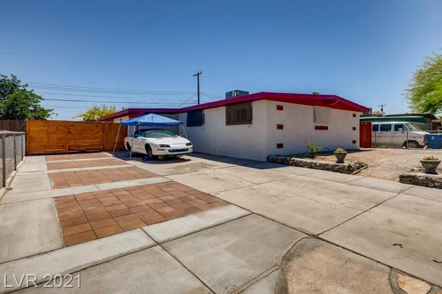 4945 Newton Drive, Las Vegas, NV 89121 (MLS #2294200) :: Lindstrom Radcliffe Group