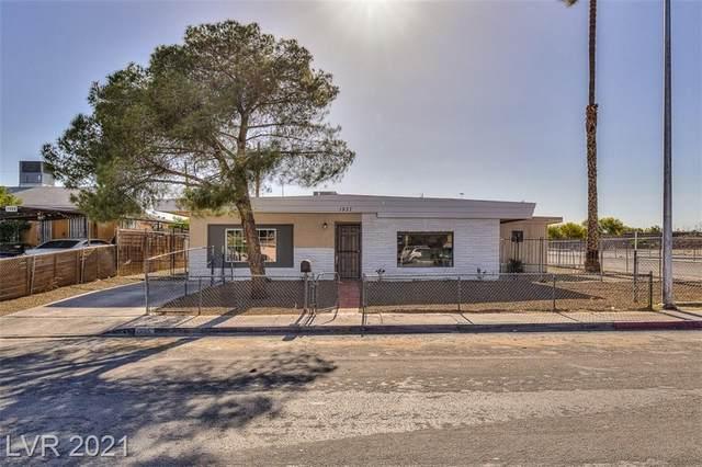 1937 Yale Street, North Las Vegas, NV 89030 (MLS #2294567) :: Hebert Group   Realty One Group