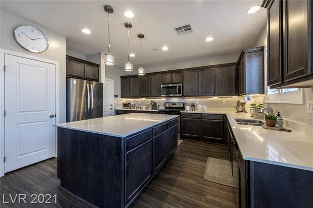 3030 Scenic Rhyme Avenue, Henderson, NV 89044 (MLS #2295245) :: Lindstrom Radcliffe Group